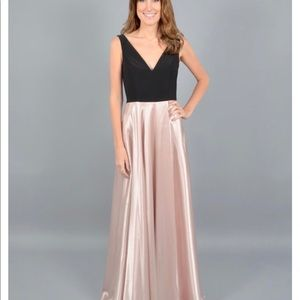 Long dress rose gold with black